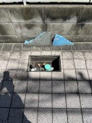 【画像】東京都三鷹市のお客様宅でメーターボックスが破損したとのご依頼。